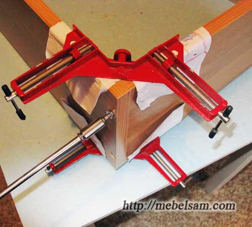 Изготовление мебели Использование угловых струбцин